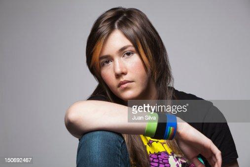 Teenage girl with T-Shirt : ストックフォト