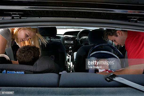 Girls having sex in cars picture 26