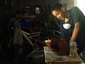 Teenager-Lack Holzarbeiten Projekt