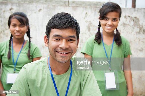 Banca Oriental Group:Adolescenti registrati al volontario, un evento di beneficenza Gruppo