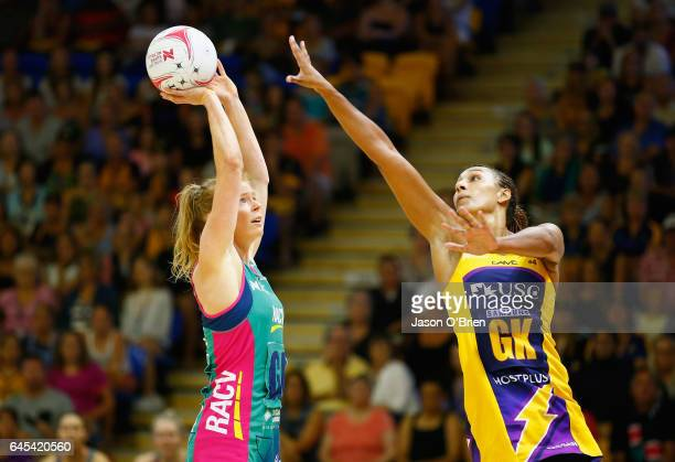 Tegan Philip of the Vixens in action with Geva Mentor of the Lightning during the round two Super Netball match between the Queensland Firebirds and...