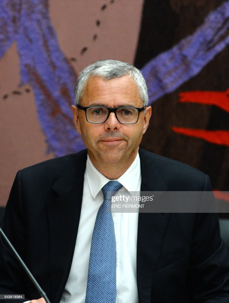 Telecom Company Altice N.V group CEO and CEO of SFR Michel Combes attends his hearing by the Economic Affairs Committee of the French National Assembly in Paris on June 29, 2016. / AFP / ERIC