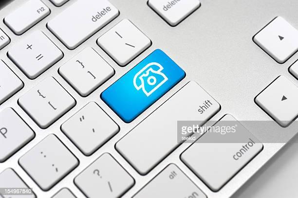 Símbolo de telefone no teclado-conceito de comunicação