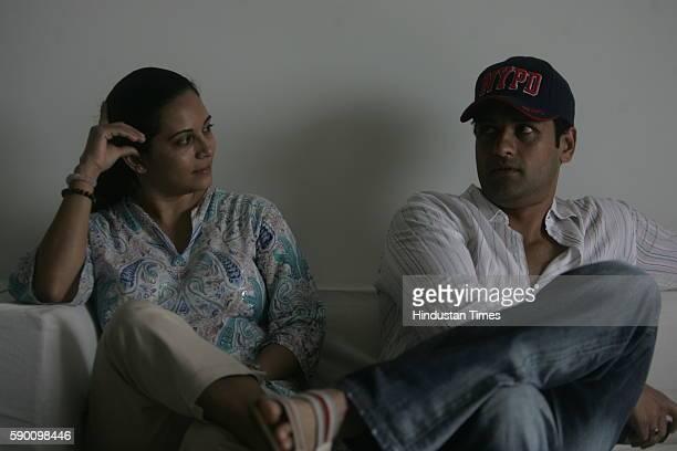 Television actor Rohit Roy and Mansi Joshi Roy