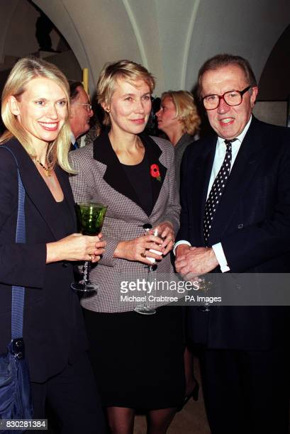 Television celebrity Anneka Rice Conservative MP Virginia Bottomley and TV presenter Sir David Frost at The Undercroft Banqueting House Whitehall for...