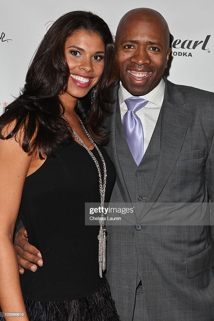 Television commentator / athlete <a gi-track='captionPersonalityLinkClicked' href=/galleries/search?phrase=Kenny+Smith&family=editorial&specificpeople=221585 ng-click='$event.stopPropagation()'>Kenny Smith</a> (R) arrives at the Notifi Records Post GRAMMY party at Philippe Chow on February 13, 2011 in Los Angeles, California.