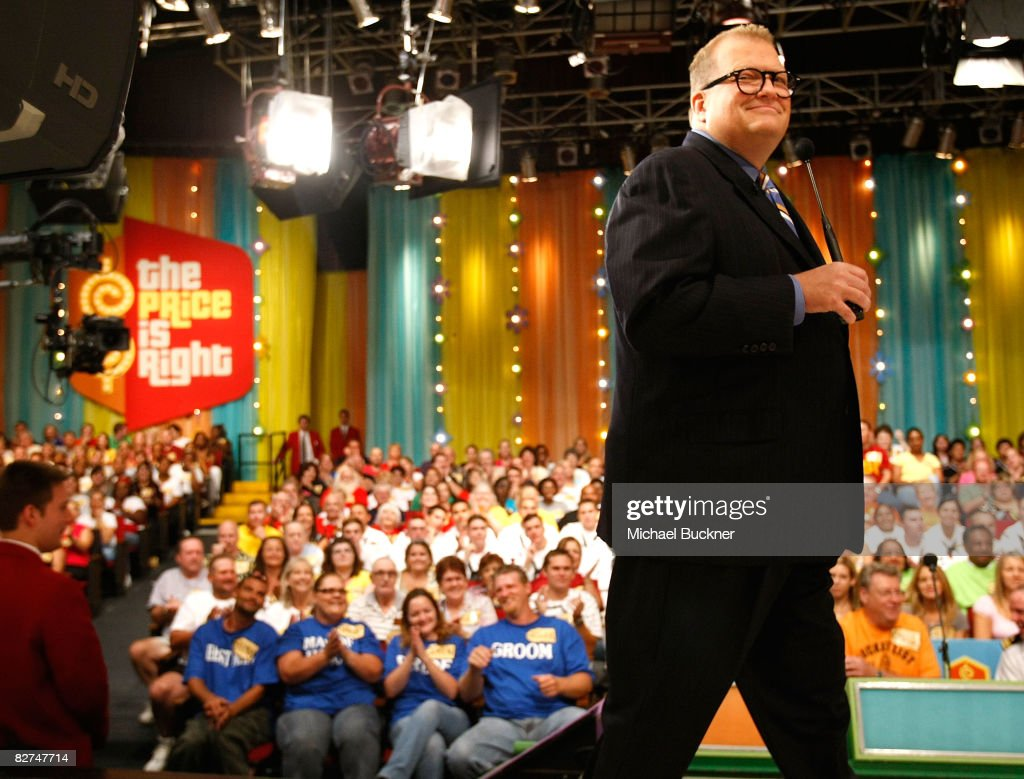 Television host Drew Carey tapes a special hockeythemed edition of 'The Price Is Right' at CBS Television Studios September 9 2008 in Los Angeles...