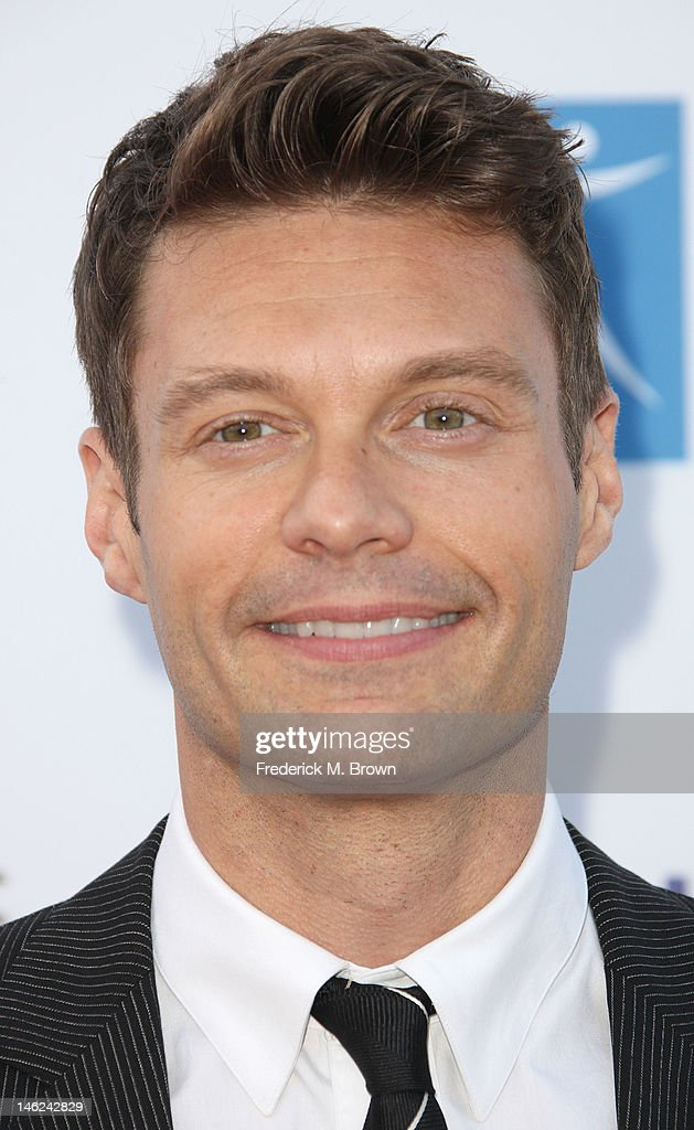Television host <a gi-track='captionPersonalityLinkClicked' href=/galleries/search?phrase=Ryan+Seacrest&family=editorial&specificpeople=201694 ng-click='$event.stopPropagation()'>Ryan Seacrest</a> attends the City of Hope's Music And Entertainment Industry Group Honors Bob Pittman at The Geffen Contemporary at MOCA on June 12, 2012 in Los Angeles, California.