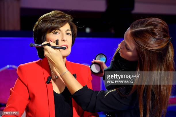 Television journalist Ruth Elkrief is pictured on the set prior to the second televised debate of the rightwing Les Republicains party primaries...