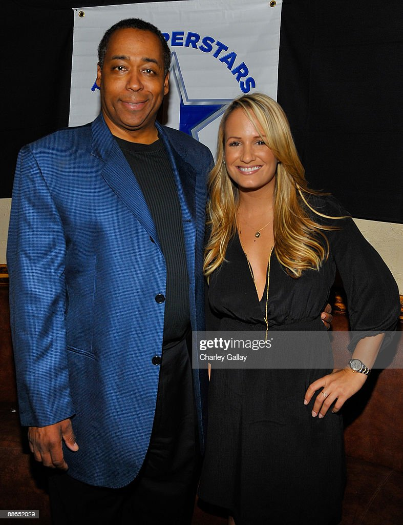 Television personalites John Saunders (L) and Jenn Brown attend ABC Television & Juma Entertainment's 'The Superstars' premiere party at Saddle Ranch on June 23, 2009 in Universal City, California.
