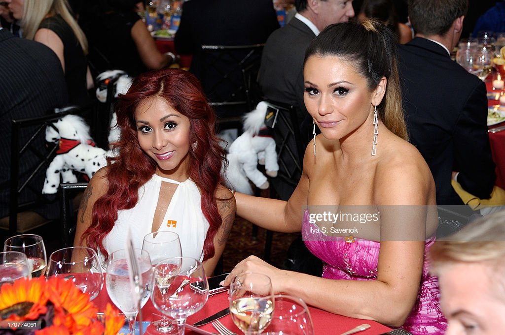 Television personalities Nicole 'Snooki' Polizzi (L) and Jenni JWoww Farley attend TrevorLIVE New York at Pier Sixty at Chelsea Piers on June 17, 2013 in New York City.