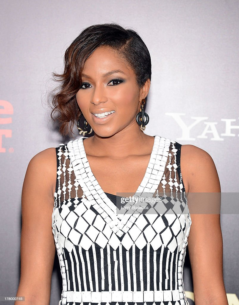 Television personality Alicia Quarles attends the New York premiere of 'One Direction: This Is Us' at the Ziegfeld Theater on August 26, 2013 in New York City.