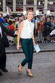 Television personality Amy Robach leaves the 'Good Morning America' taping at the ABC Times Square Studios on September 2 2015 in New York City