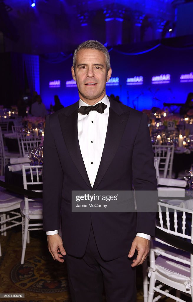 Television personality <a gi-track='captionPersonalityLinkClicked' href=/galleries/search?phrase=Andy+Cohen+-+Personaggio+della+TV&family=editorial&specificpeople=7879180 ng-click='$event.stopPropagation()'>Andy Cohen</a> attends the 2016 amfAR New York Gala at Cipriani Wall Street on February 10, 2016 in New York City.