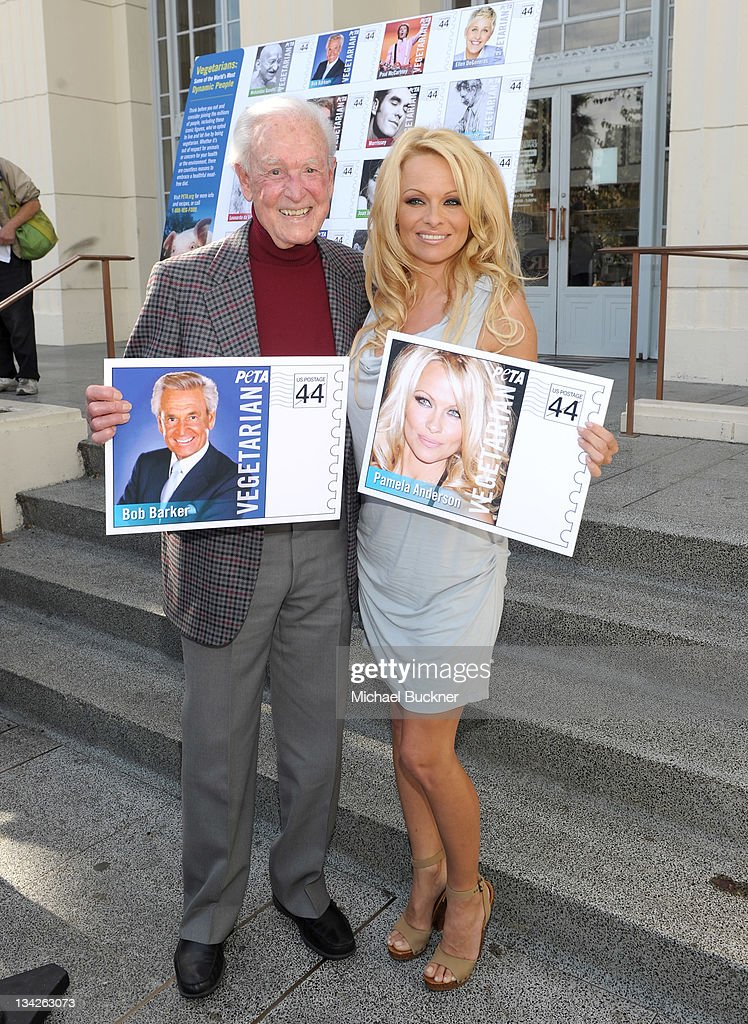 Television personality <a gi-track='captionPersonalityLinkClicked' href=/galleries/search?phrase=Bob+Barker&family=editorial&specificpeople=210681 ng-click='$event.stopPropagation()'>Bob Barker</a> (L) and actress <a gi-track='captionPersonalityLinkClicked' href=/galleries/search?phrase=Pamela+Anderson&family=editorial&specificpeople=171759 ng-click='$event.stopPropagation()'>Pamela Anderson</a> unveil the Vegetarian Icons Postage Sheet at Hollywood Post Office on November 29, 2011 in Hollywood, California.