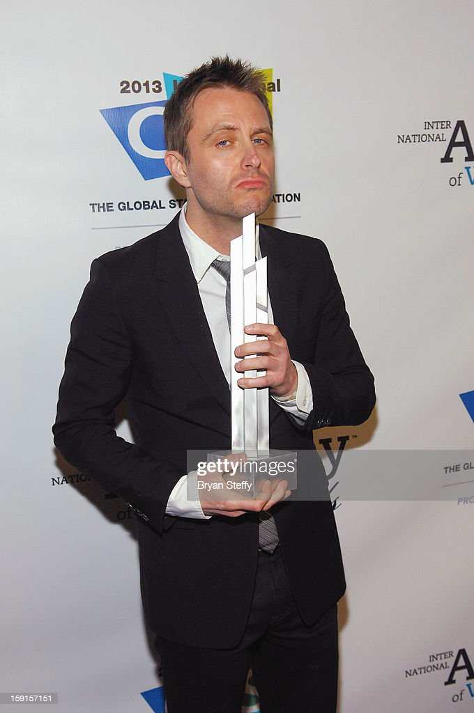 Television personality <a gi-track='captionPersonalityLinkClicked' href=/galleries/search?phrase=Chris+Hardwick&family=editorial&specificpeople=960855 ng-click='$event.stopPropagation()'>Chris Hardwick</a> poses with the IAWTV award for Nerdist Channel Best Online Channel at the IAWTV Awards at the CES 2013 Show at the Palazzo Theater at the Palazzo Resort Hotel/Casino on January 8, 2013 in Las Vegas, Nevada.
