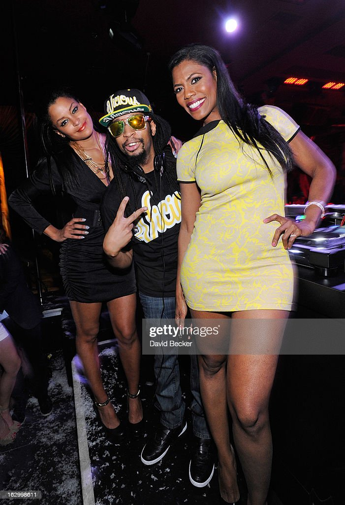 Television personality <a gi-track='captionPersonalityLinkClicked' href=/galleries/search?phrase=Claudia+Jordan&family=editorial&specificpeople=702294 ng-click='$event.stopPropagation()'>Claudia Jordan</a>, recording artist Lil' Jon and television personality Omarosa Manigault appear at the Surrender Nightclub at Encore Las Vegas to celebrate the season premiere of 'All-Star Celebrity Apprentice' on March 2, 2013 in Las Vegas, Nevada.