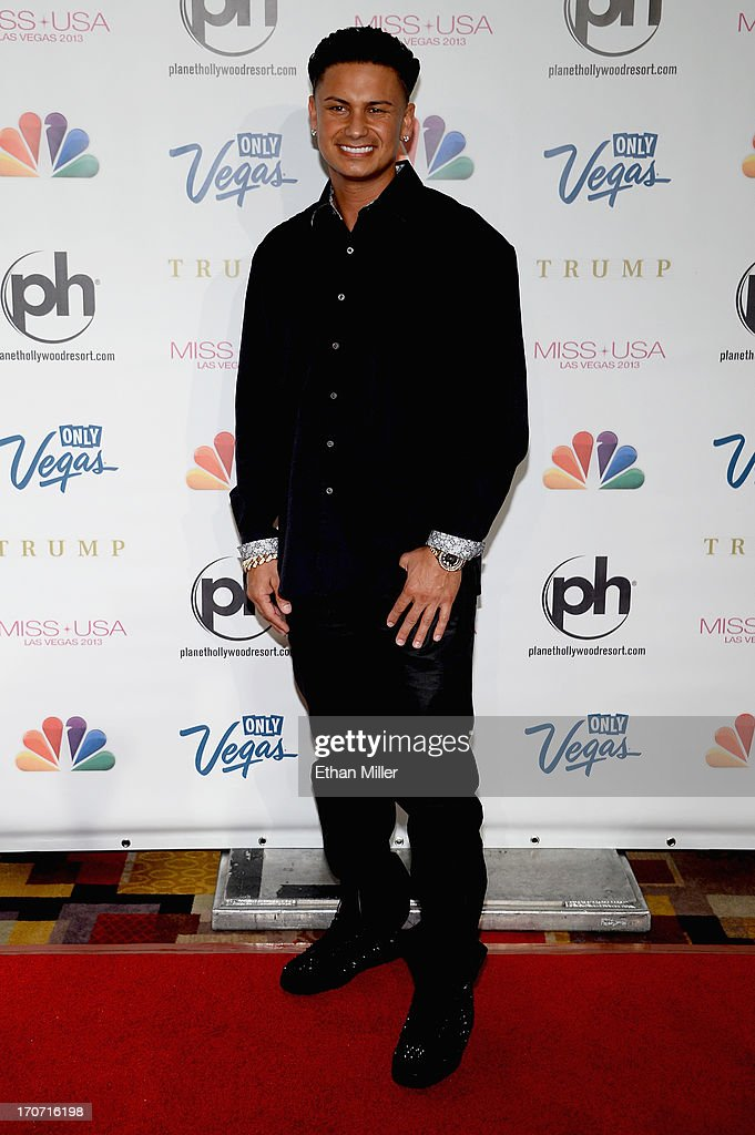 Television personality DJ Paul 'Pauly D' DelVecchio arrives at the 2013 Miss USA pageant at Planet Hollywood Resort & Casino on June 16, 2013 in Las Vegas, Nevada.