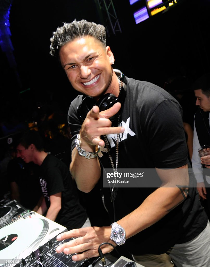 Television personality DJ Paul 'Pauly D' DelVecchio performs at Haze Nightclub at the Aria Resort & Casino at CityCenter on on March 23, 2013 in Las Vegas, Nevada.