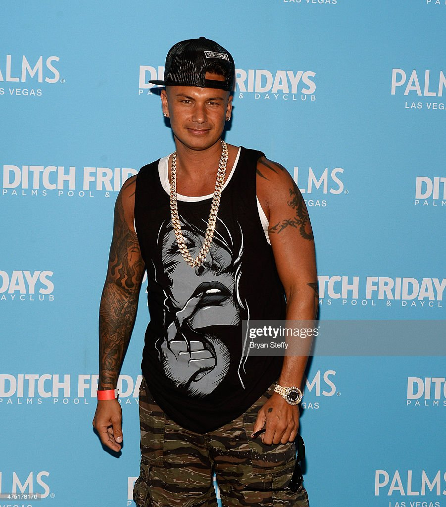 pauly d dating farrah Nordfyns