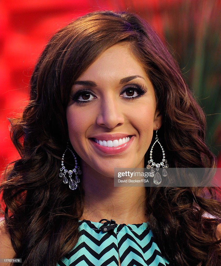 Television personality <a gi-track='captionPersonalityLinkClicked' href=/galleries/search?phrase=Farrah+Abraham&family=editorial&specificpeople=6927722 ng-click='$event.stopPropagation()'>Farrah Abraham</a> appears on the set of 'MORE Access' at the FOX 5 Las Vegas studio on August 20, 2013 in Las Vegas, Nevada.