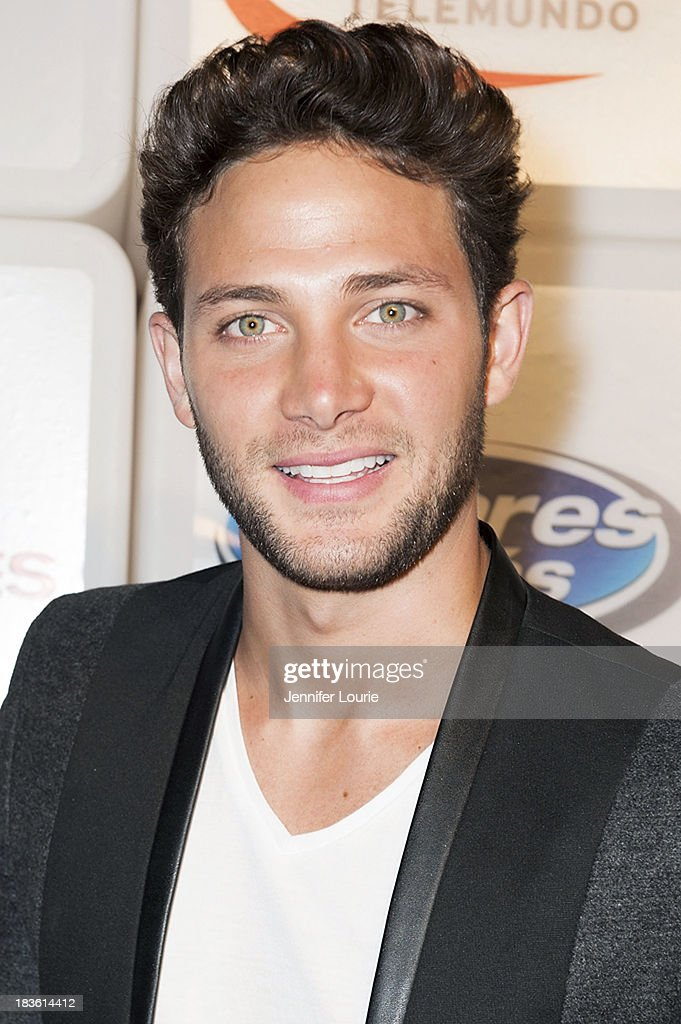 Television personality Gabriel Coronel attends Deportes Telemundo's celebration of their hit show 'Titulares Y Mas' at Ebanos Crossing on October 7, 2013 in Los Angeles, California.