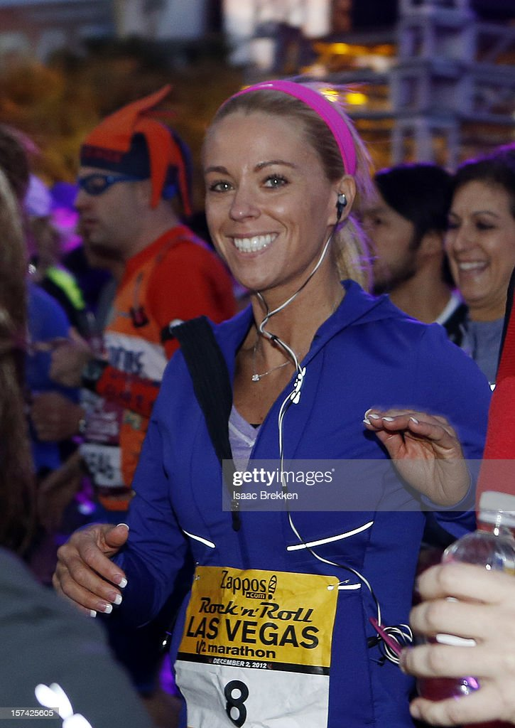 Television personality <a gi-track='captionPersonalityLinkClicked' href=/galleries/search?phrase=Kate+Gosselin&family=editorial&specificpeople=5290883 ng-click='$event.stopPropagation()'>Kate Gosselin</a> begins a half-marathon during at the Zappos.com Rock 'n' Roll Las Vegas Marathon & Half-Marathon on December 2, 2012 in Las Vegas, Nevada.