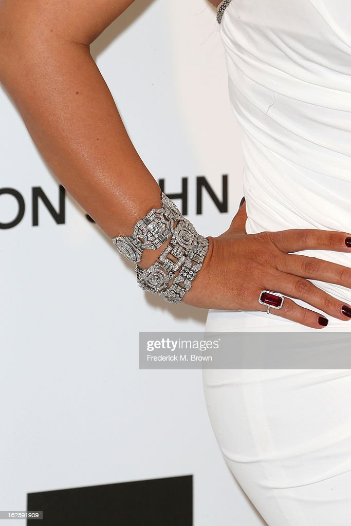 Television Personality Kim Kardashian (jewelry detail) arrives at the 21st Annual Elton John AIDS Foundation's Oscar Viewing Party on February 24, 2013 in Los Angeles, California.