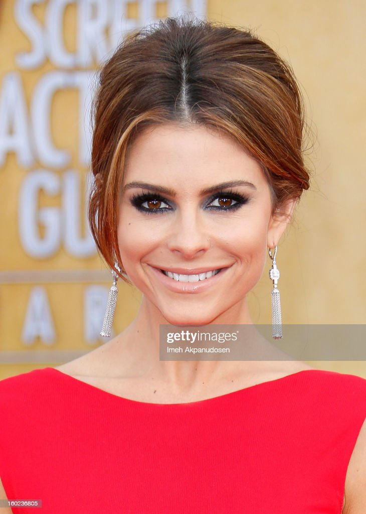 Television personality Maria Menounos attends the 19th Annual Screen Actors Guild Awards at The Shrine Auditorium on January 27, 2013 in Los Angeles, California.