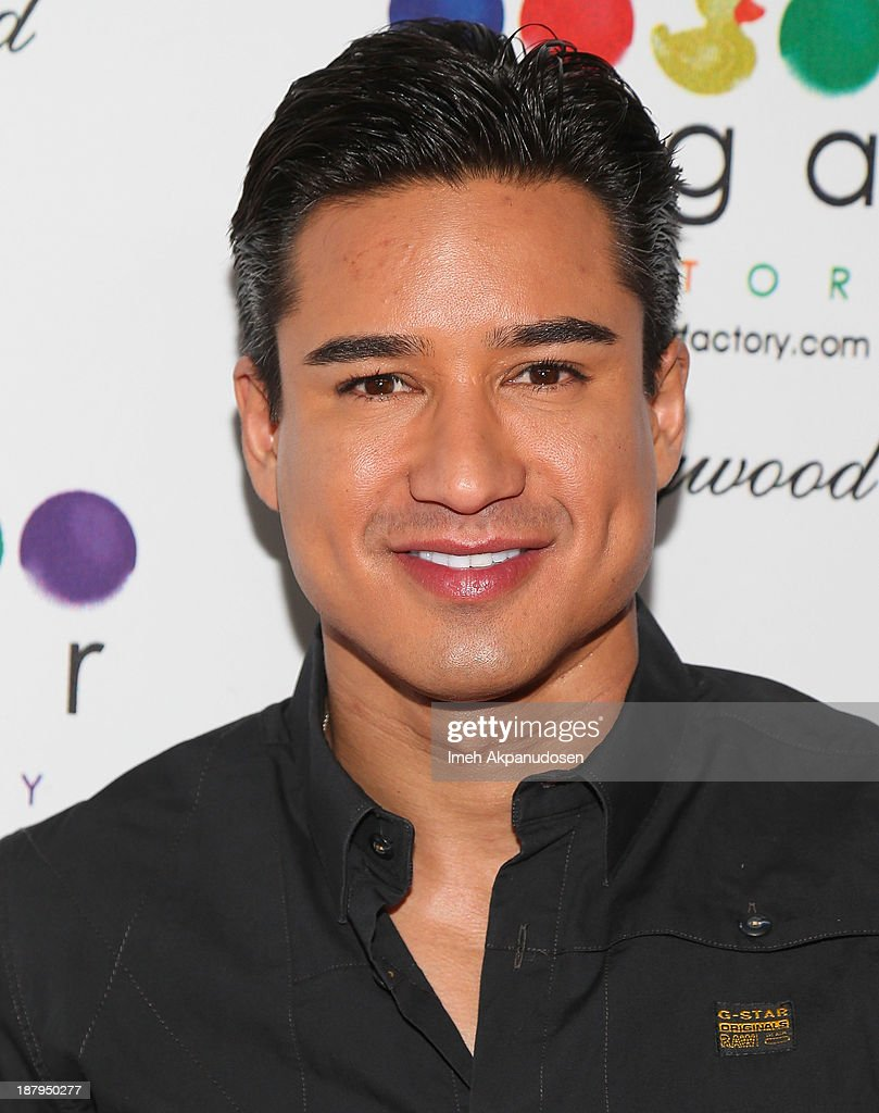 Television personality <a gi-track='captionPersonalityLinkClicked' href=/galleries/search?phrase=Mario+Lopez&family=editorial&specificpeople=235992 ng-click='$event.stopPropagation()'>Mario Lopez</a> attends the Sugar Factory Hollywood grand opening at Sugar Factory on November 13, 2013 in Hollywood, California.