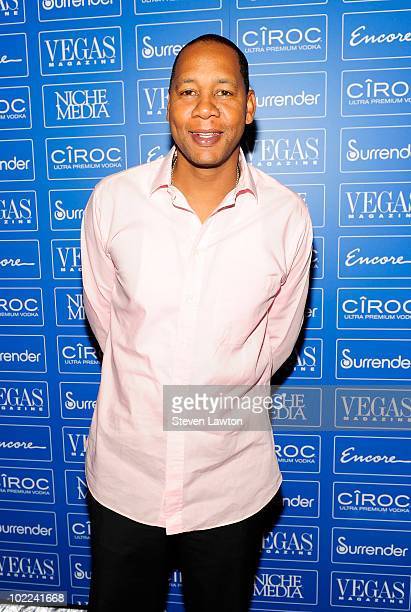 Television personality Mark Curry arrives to celebrate Vegas Magazine's 7th anniversary at Surrender Nightclub at Encore on June 19 2010 in Las Vegas...