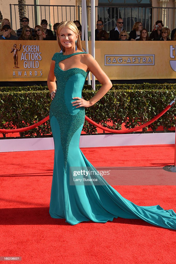 Television personality Nancy O'Dell attends the 19th Annual Screen Actors Guild Awards at The Shrine Auditorium on January 27, 2013 in Los Angeles, California. (Photo by Larry Busacca/WireImage) 23116_018_0019.jpg