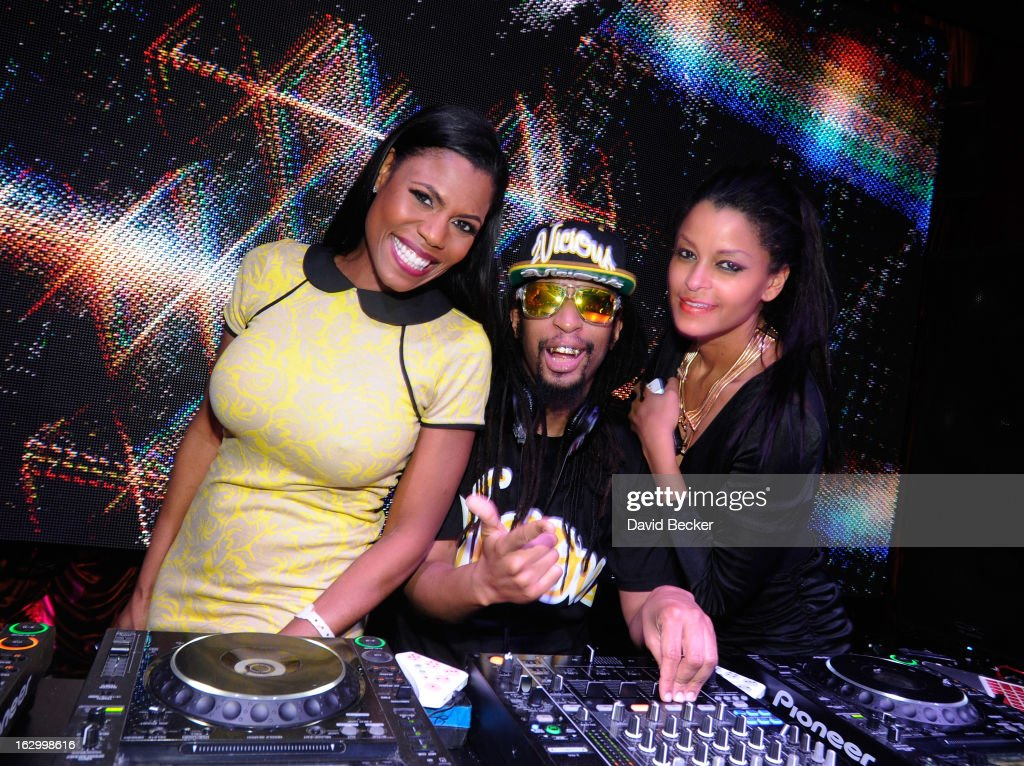 Television personality Omarosa Manigault, recording artist Lil' Jon and television personality <a gi-track='captionPersonalityLinkClicked' href=/galleries/search?phrase=Claudia+Jordan&family=editorial&specificpeople=702294 ng-click='$event.stopPropagation()'>Claudia Jordan</a> appear at the Surrender Nightclub at Encore Las Vegas to celebrate the season premiere of 'All-Star Celebrity Apprentice' on March 2, 2013 in Las Vegas, Nevada.