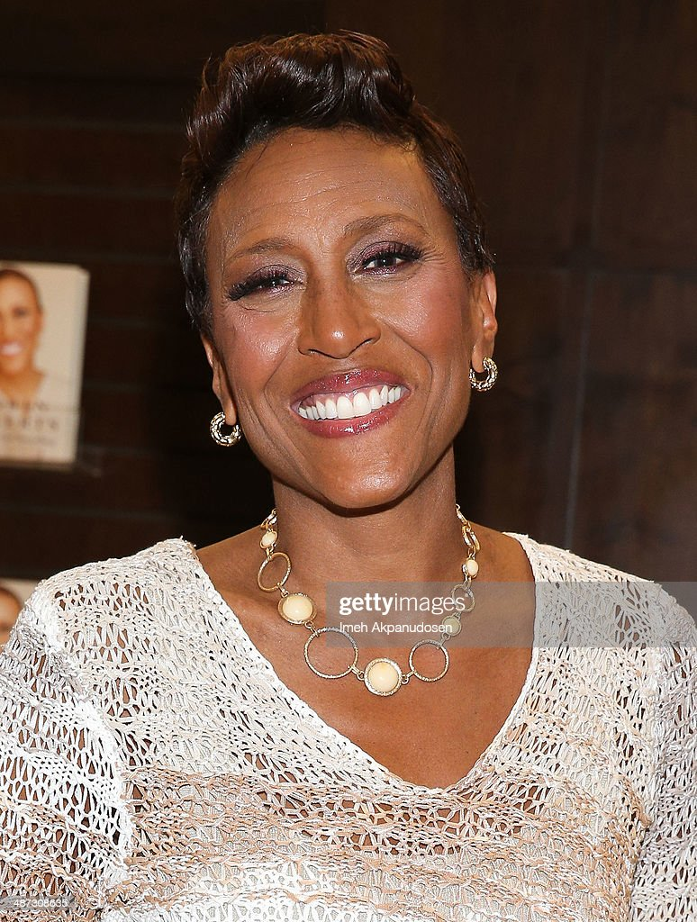 Television personality Robin Roberts signs copies of her new book, 'Everybody's Got Something' at Barnes & Noble bookstore at The Grove on April 28, 2014 in Los Angeles, California.