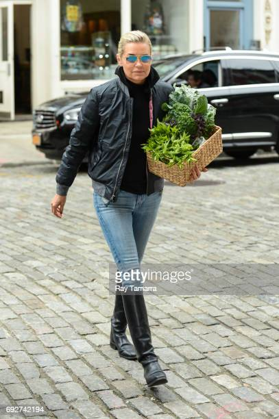 Television personality Yolanda Hadid enters a Noho apartment on June 06 2017 in New York City