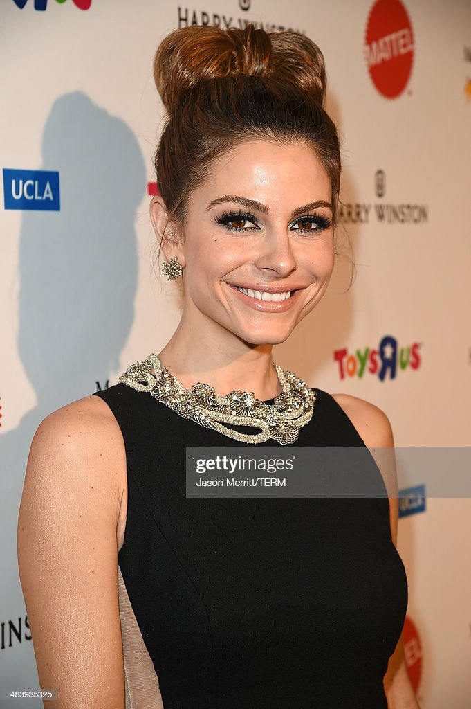 Television personality/actress <a gi-track='captionPersonalityLinkClicked' href=/galleries/search?phrase=Maria+Menounos&family=editorial&specificpeople=203337 ng-click='$event.stopPropagation()'>Maria Menounos</a> attends The Kaleidoscope Ball – Designing the Sweet Side of L.A. benefiting the UCLA Children's Discovery and Innovation Institute at Mattel Children's Hospital UCLA held at Beverly Hills Hotel on April 10, 2014 in Beverly Hills, California.