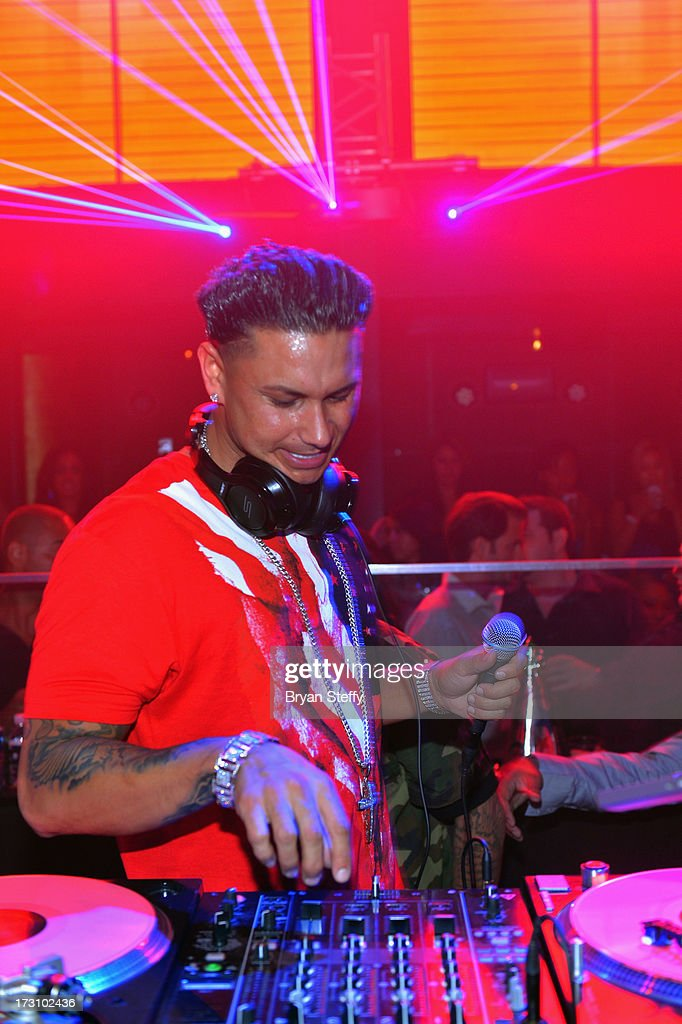 Television personality/DJ Paul 'Pauly D' DelVecchio performs at Haze Nightclub at the Aria Resort & Casino at City Center in celebration of his 33rd birthday on July 6, 2013 in Las Vegas, Nevada.