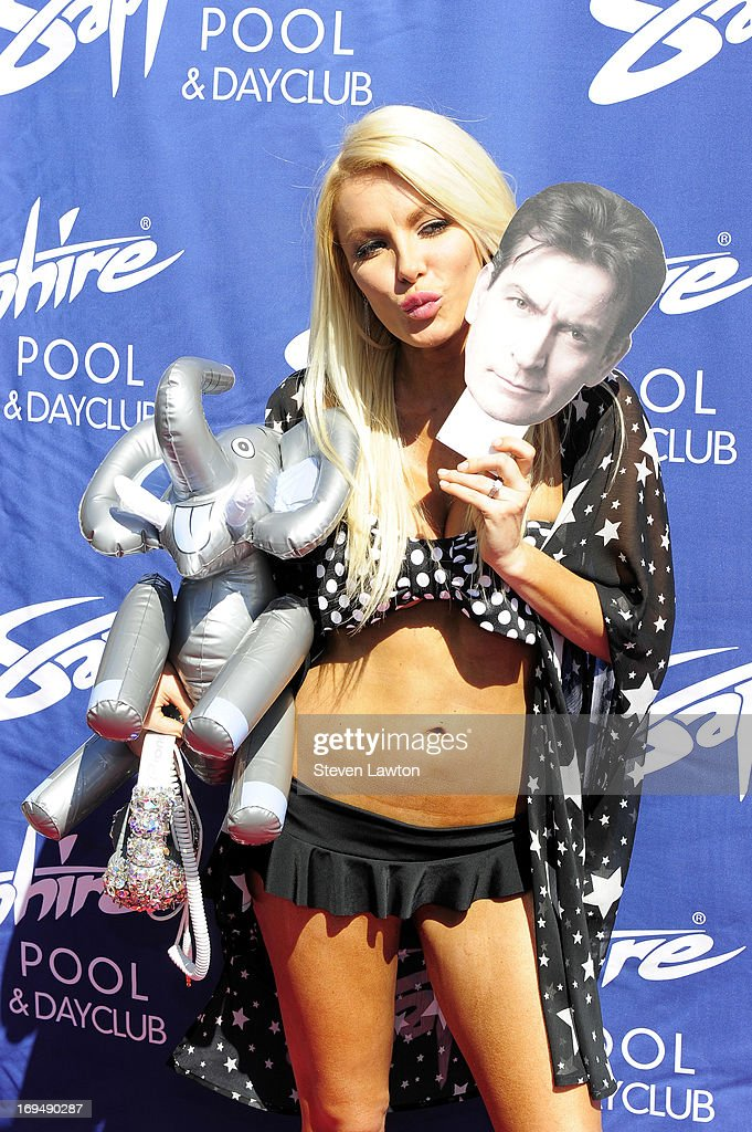 Television personality/model <a gi-track='captionPersonalityLinkClicked' href=/galleries/search?phrase=Crystal+Hefner&family=editorial&specificpeople=10245155 ng-click='$event.stopPropagation()'>Crystal Hefner</a> arrives at the Sapphire Pool & Day Club during Memorial Day weekend on May 25, 2013 in Las Vegas, Nevada.