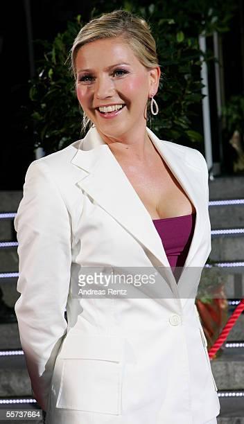 Television presenter Aleksandra Bechtel arrives at the Goldene Henne Awards 2005 at Friedrichstadtpalast September 21 2005 in Berlin Germany