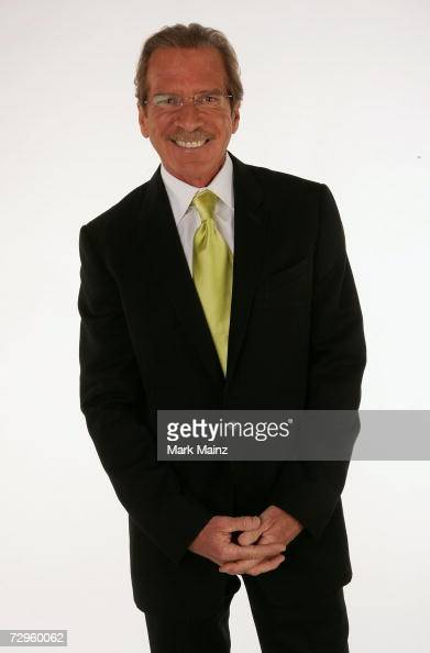 Television reporter Pat O'Brien poses in the portrait studio during the 33rd Annual People's Choice Awards held at the Shrine Auditorium on January 9...