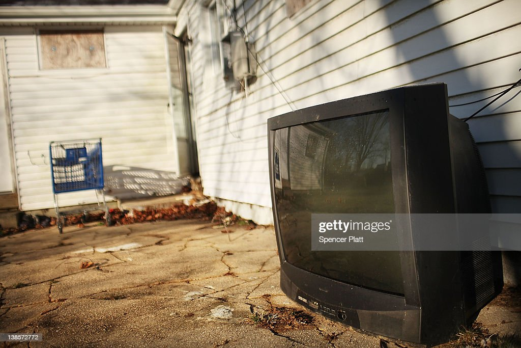 A television sits outside of a foreclosed home on February 9, 2012 in Islip, New York. A New York State Department of Financial Services Foreclosure Relief Unit van visited Islip to provide individuals who are facing foreclosure with counselors who can assess where homeowners are in the pre-foreclosure or foreclosure process. The mobile unit, which is equipped with computers and communications, looks to slow the number of foreclosures in the state and to provide information about loan modifications available to homeowners under federal law. Islip, which is located in Suffolk County, has the highest foreclosure rate in New York State.