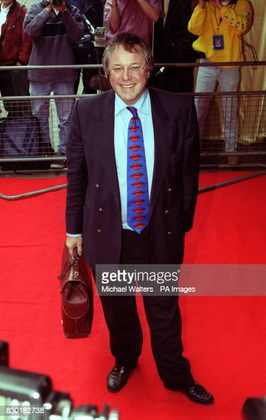 Television's Countdown presenter Richard Whiteley at the 'Loaded Carling Good Work Fella Awards' presentation ceremony
