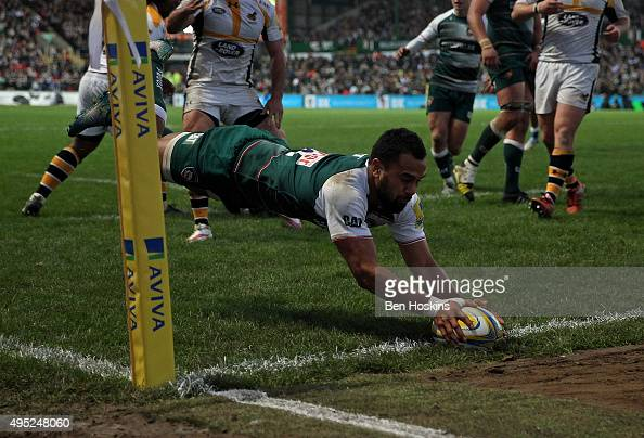 Telusa Veainu of Leicester dives over to score a try during the Aviva Premiership match between Leicester Tigers and Wasps at Welford Road on...