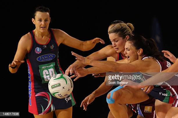 Temepara George of the Mystics and Bianca Chatfield and Julie Corletto of the Vixens compete for the ball during the Major Semi Final ANZ...