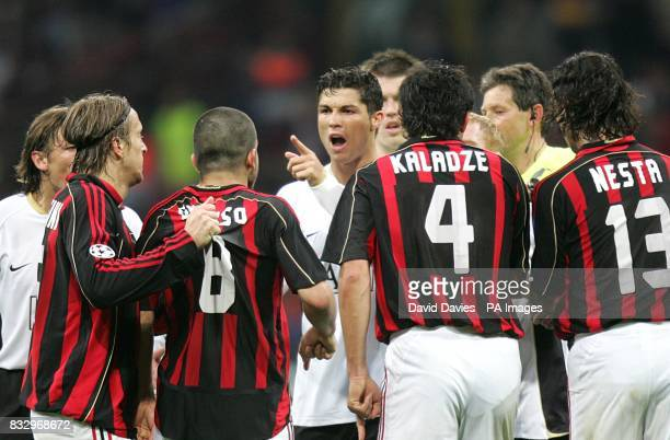 Tempers flare between AC Milan's Gennaro Gattuso and Manchester United's Cristiano Ronaldo