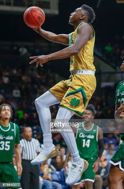 Temple Gibbs of the Notre Dame Fighting Irish shoots the ball against the Chicago State Cougars at Purcell Pavilion on November 16 2017 in South Bend...