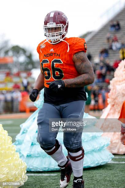 Temple Guard Dion Dawkins of the North Team during the 2017 Resse's Senior Bowl at LaddPeebles Stadium on January 28 2017 in Mobile Alabama The South...