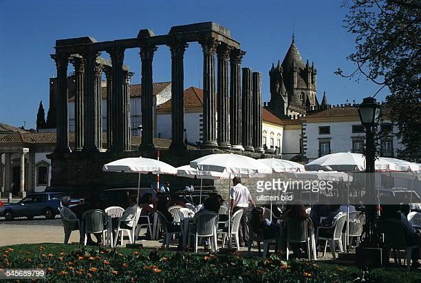 Templo Romano vonEvora 1995