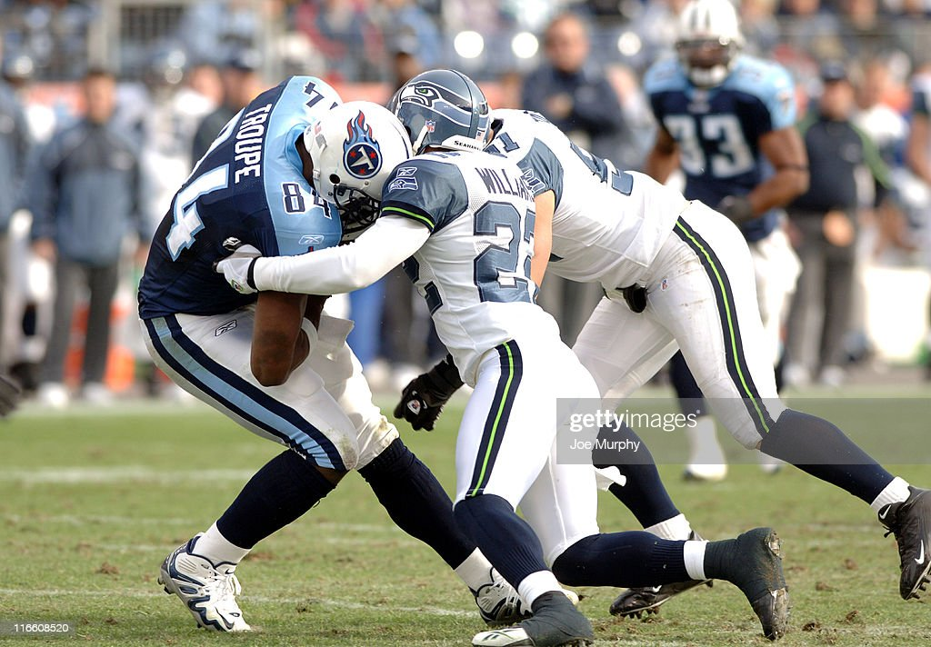 Seattle Seahawks vs Tennessee Titans - December 18, 2005