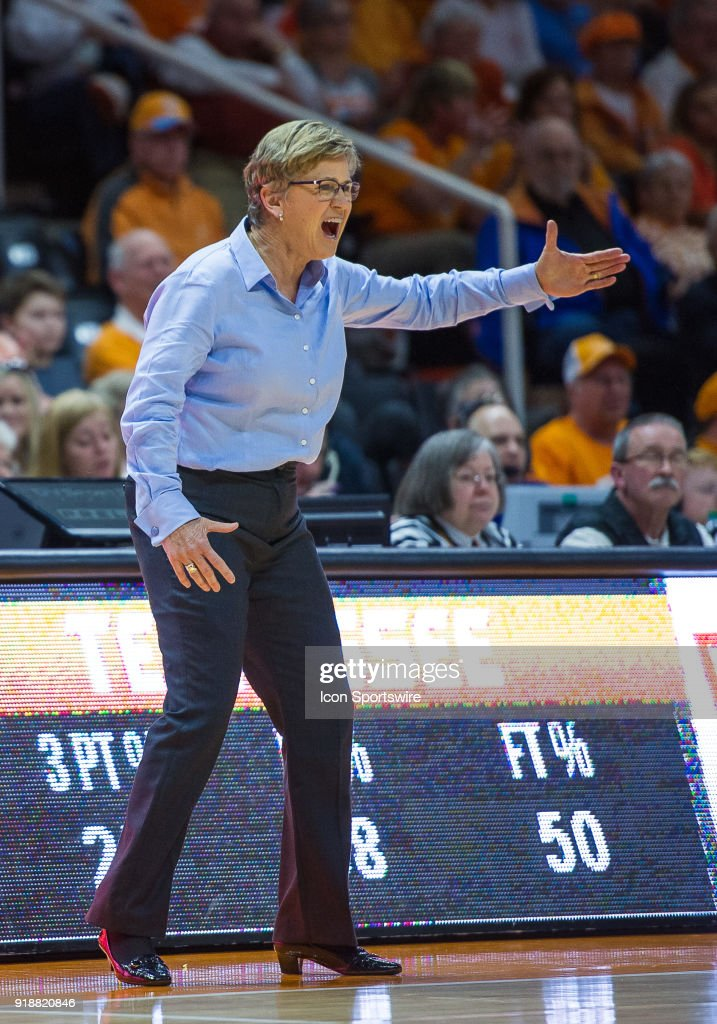 Tennessee Lady Volunteers head coach Holly Warlick coaching during a game between the Tennessee Lady Volunteers and Alabama Crimson Tide on February 15, 2018, at Thompson-Boling Arena in Knoxville, TN. Alabama defeated the Lady Vols 72-63.